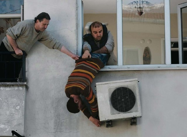 Not the best way to install an air conditioning unit