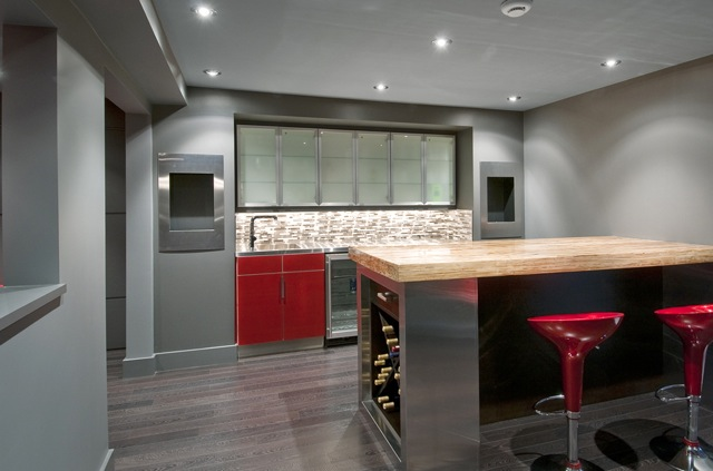 Modern Home Bar - Beautiful Home Decorating Ideas